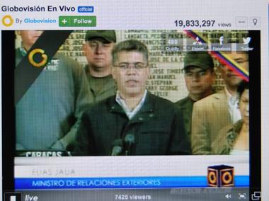 Annonce du décès de Hugo Chavez à la télévision (photo Dahmane Soudani)