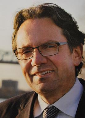 Frédéric Lefebvre (UMP) veut faire oublier la défaite de 2012 (photo DS affiche de campagne)