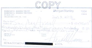 Un chèque d'un montant qui donne le vertige (ph. écran-DS-