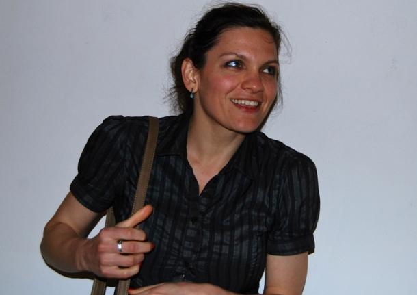 Une prestation qui a plutôt amusé la charmante actrice, réalisatrice et chanteuse française Flo Ankah -Floriane Annequin- (Photo Dahmane Soudani)