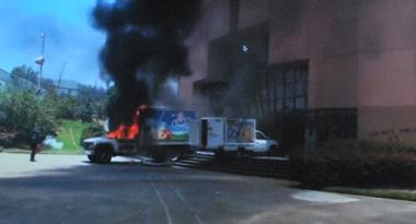 Voitures béliers incendiés (pht écran-DR)