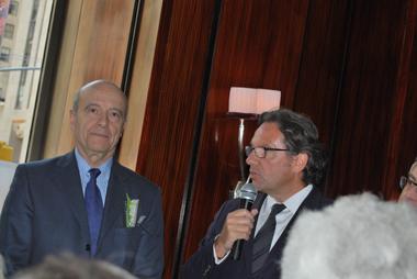 Avec le député Frédéric Lefebvre  (photo Dahmane Soudani)